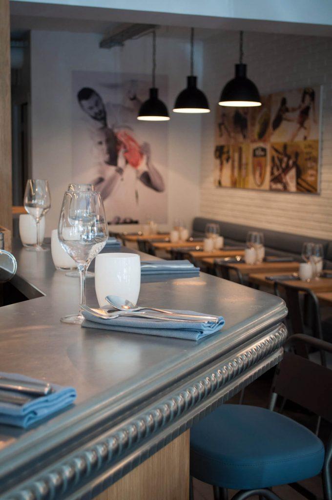 Au bar ou à table, le goût d'être ensemble chez Pottoka, le restaurant parisien de Sébastien Gravé